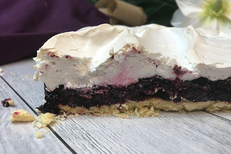 images/easyblog_shared/Recipes-Mixers/gluten-free-mulberry-meringue-slice-3.jpg