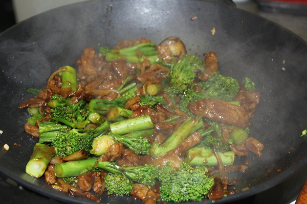 images/stories/recipes/Beef with broccolini.jpg