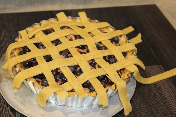 images/stories/recipes/Blueberry Pie 3.jpg