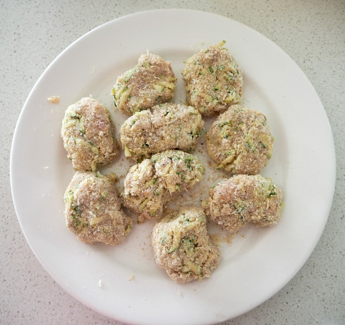 images/stories/recipes/Chicken Quinoa and Zucchini Nuggets 1.jpg