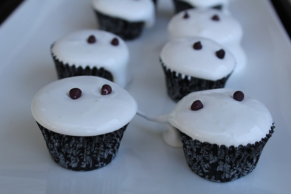 images/stories/recipes/Ghost Cupcakes.jpg