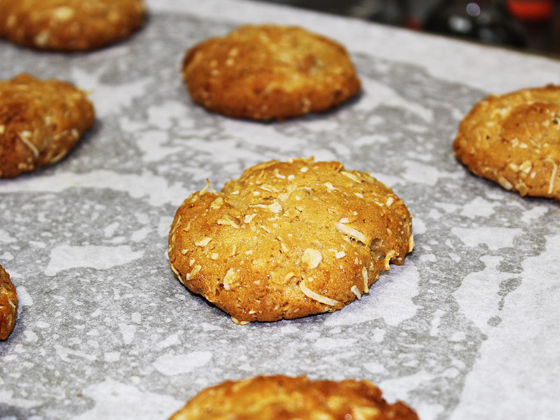 images/stories/recipes/chocolate-anzac-cookie-1.jpg